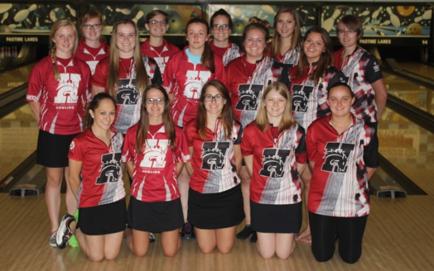 2016-17 Women's Bowling Team Photo