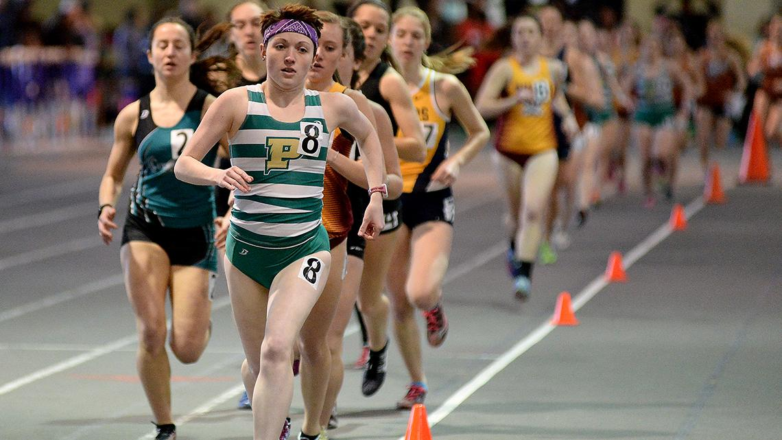 Kara Rohlf placed third in the 10,000m. (Photo by Ed Hall Jr)