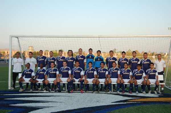 2011 Men's Soccer Team Photo