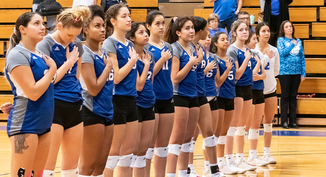 Photo for OLLU falls to St. Thomas in last regular season match