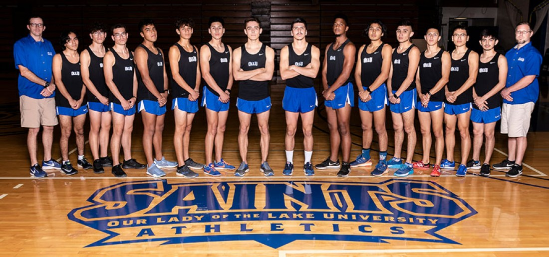 2018 Men's Cross-Country Team Photo