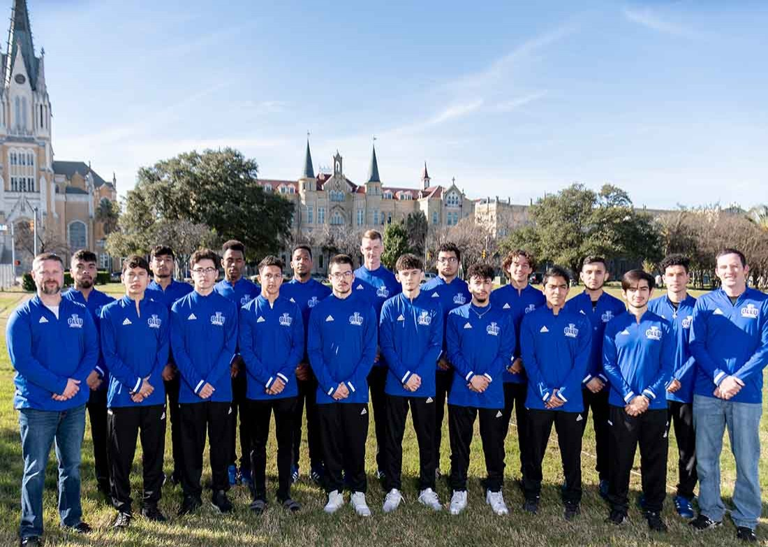 2018-19 Men's Track & Field Team Photo