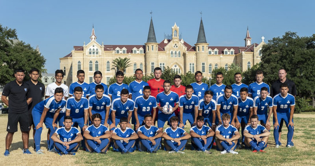 2019 Men's Soccer Team Photo