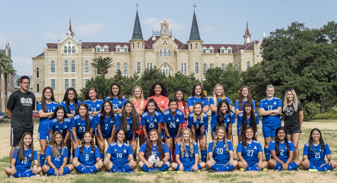 2019 Women's Soccer Team Photo