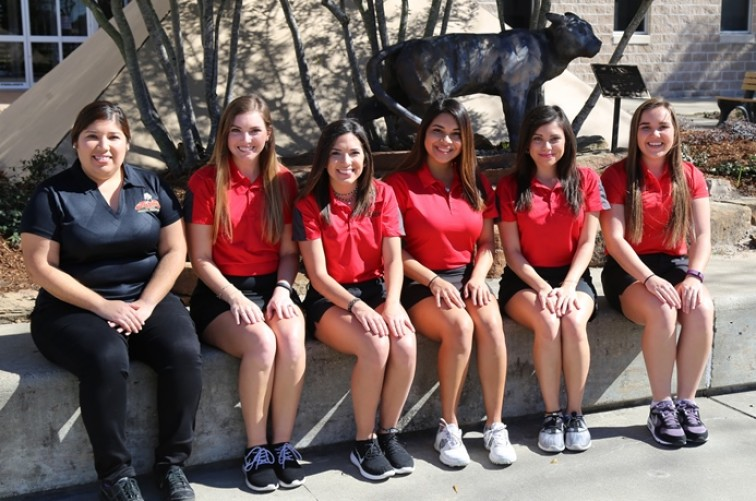 2016-17 Women's Golf Roster Team Photo