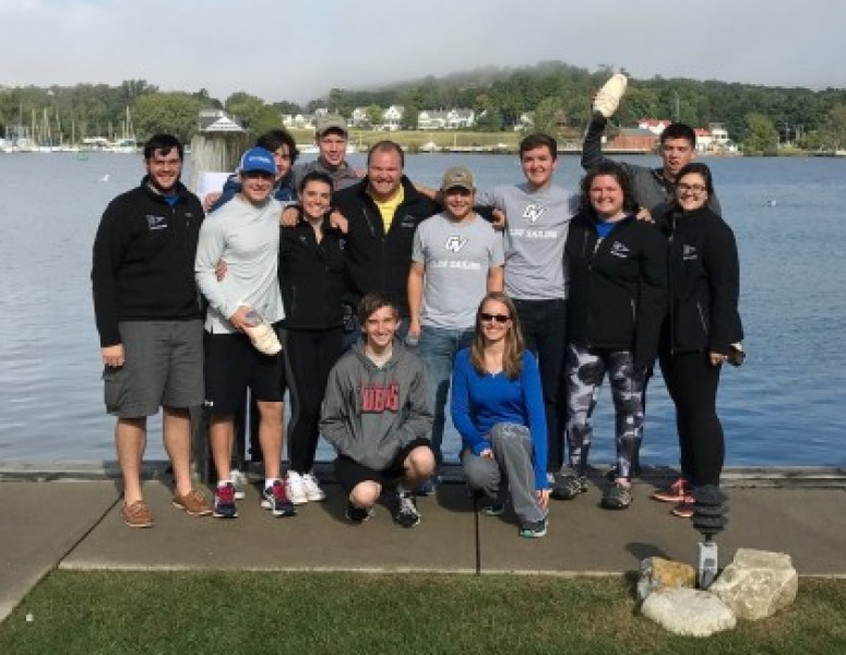 2017-18 Coed Sailing Team Photo