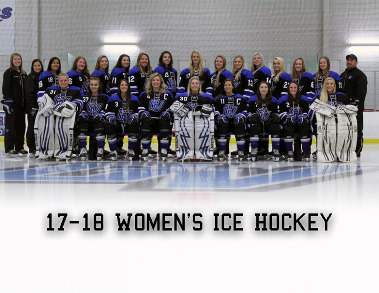 2017-18 Women's Ice Hockey Team Photo