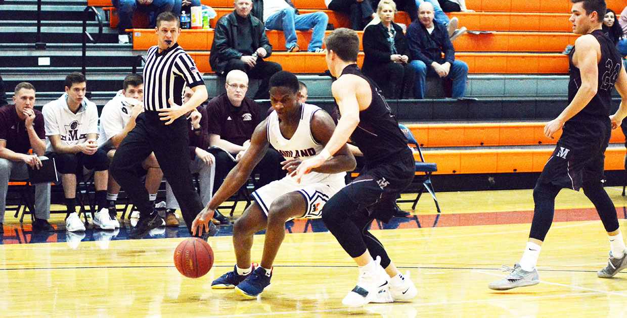 0a59af884fa9 ... Photo for Warriors Come Up Short in Final Road Game of the Season ...