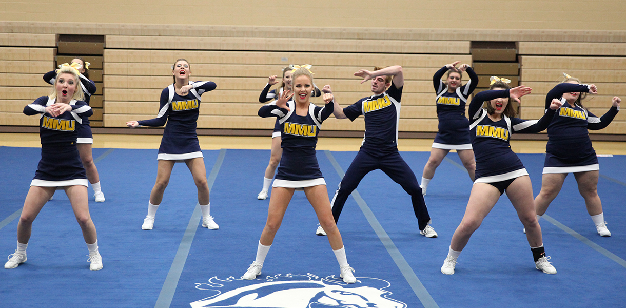 mount mercy mustangs 2018 19 competitive cheer