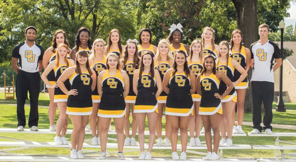 2016-17 Cheerleading Team Photo