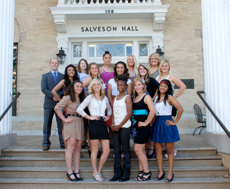 2012-13 Women's Wrestling Team Photo