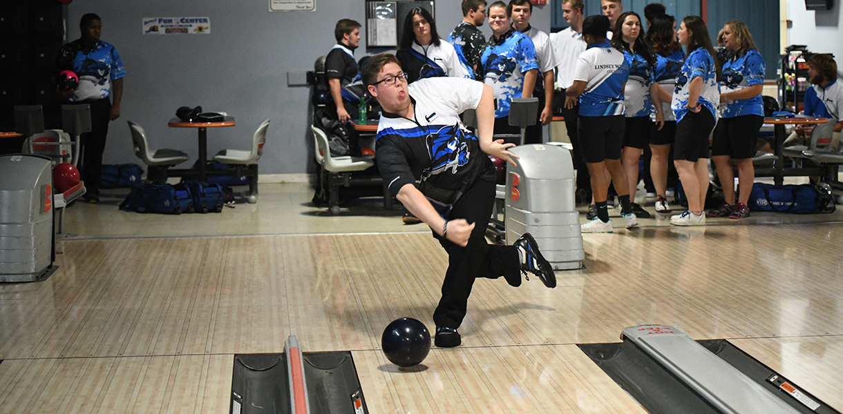 Photo For Mens Bowling Finishes 13th At The Cincinnati Collegiate Classic