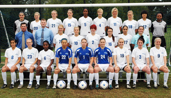 2009 Women's Soccer Team Photo