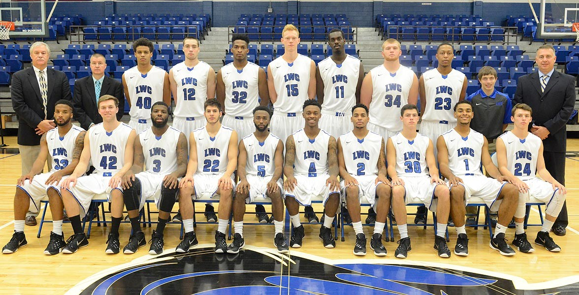 2015-16 Men's Basketball Team Photo