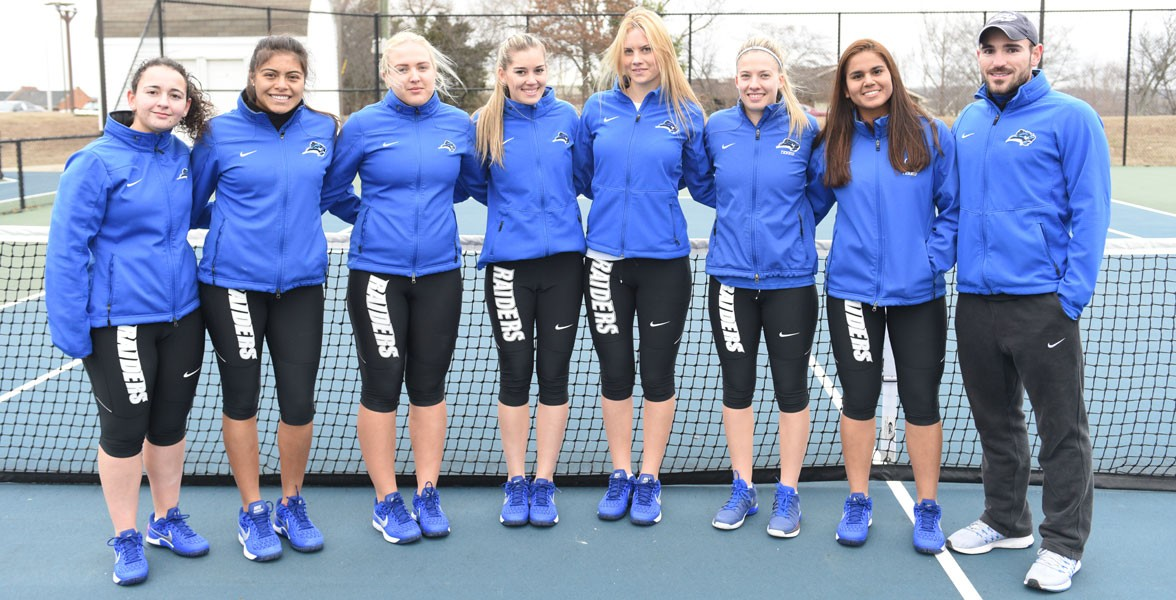 2017 Women's Tennis Team Photo