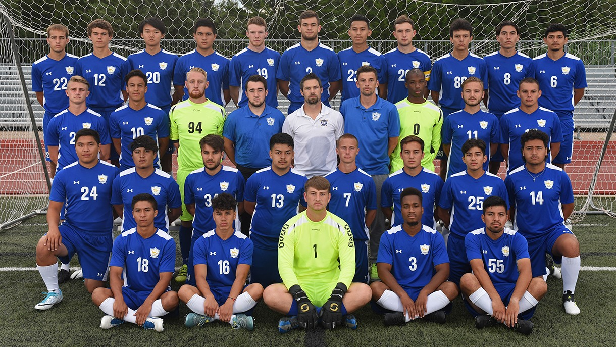 2017 Men's Soccer Team Photo
