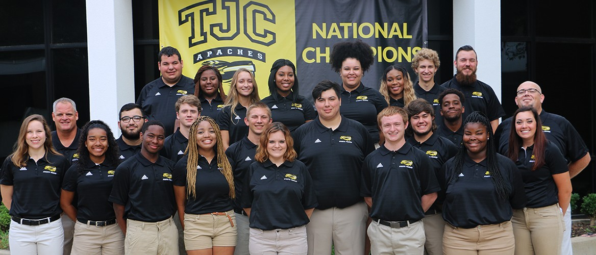 2017-18 Athletic Trainers Roster Team Photo
