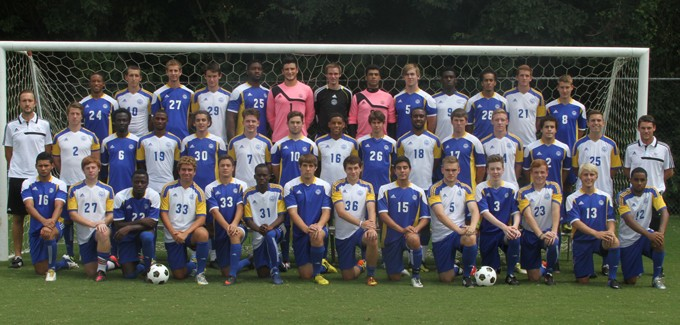 2013 Men's Soccer Team Photo
