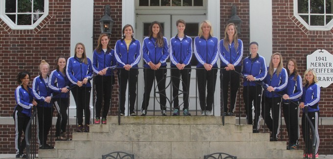 2013 Women's Cross Country Team Photo