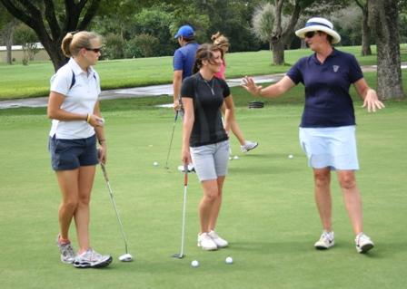 U S  Curtis Cup captain visits with UHV golf team   University of