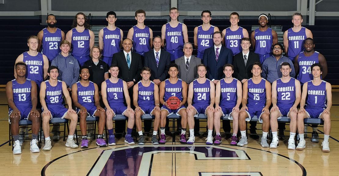 2018-19 Men s Basketball Roster Team Photo 4ab5d91bd6ba