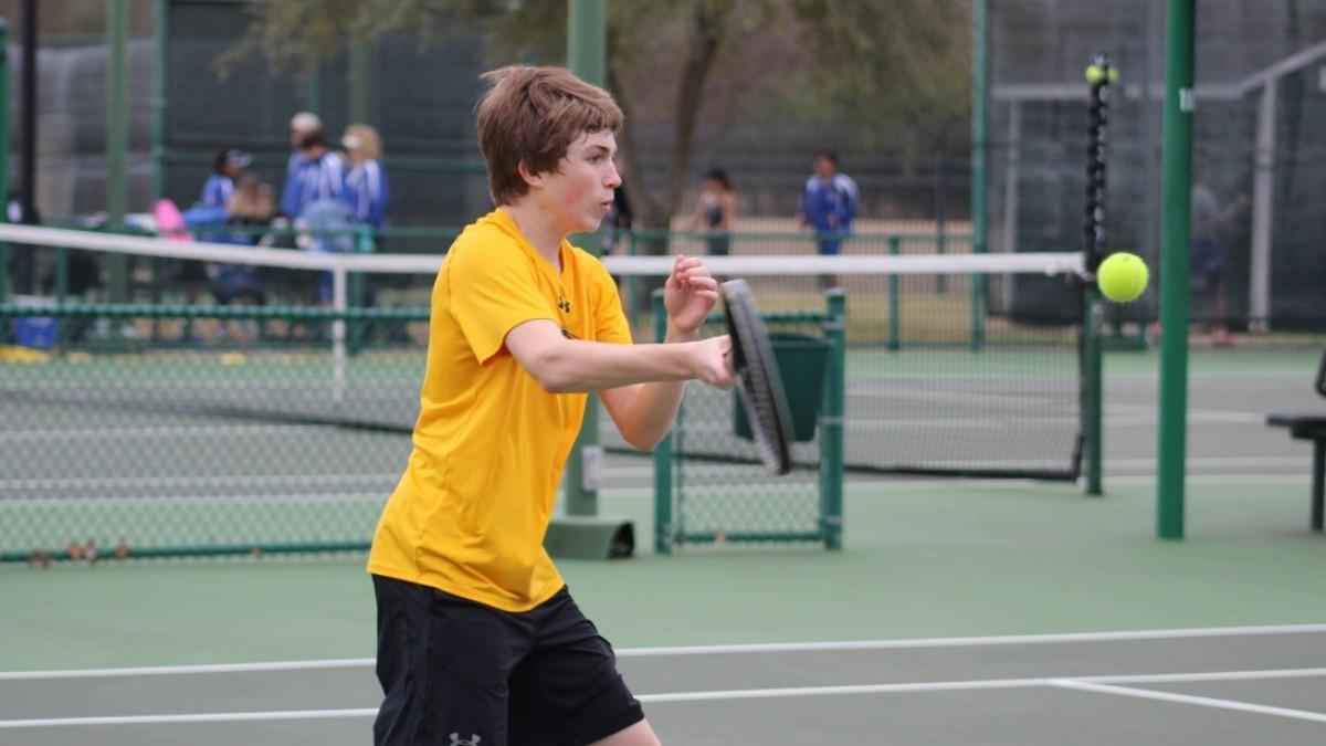 Tennis Falls to 6A Killeen High 17-2 Friday | Gatesville High School