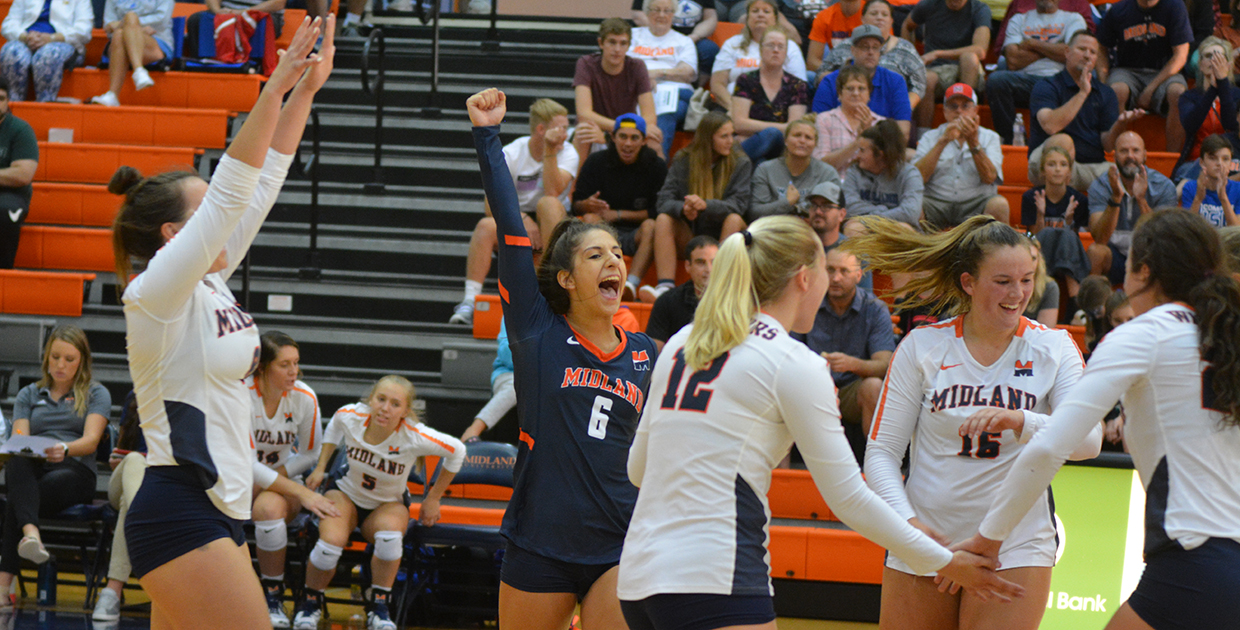 Midland University - 2019 Volleyball