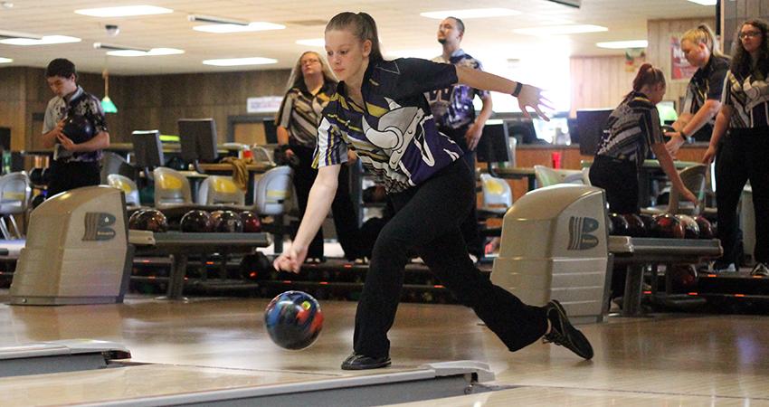 Waldorf University - 2019-20 Women's Bowling