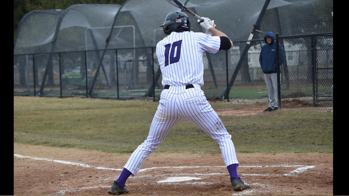 Baseball Holds On For Win At Cornell Iowa Wesleyan University Athletics