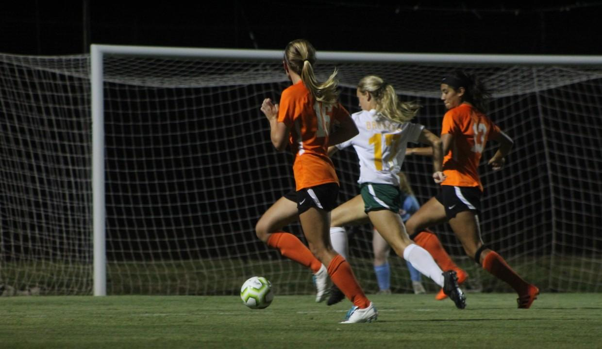 2019 Women's Soccer | University of Science and Arts of
