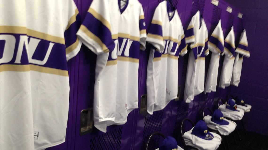Gibson Ide Locker Rooms And Training Room Olivet Nazarene University Illinois Athletics