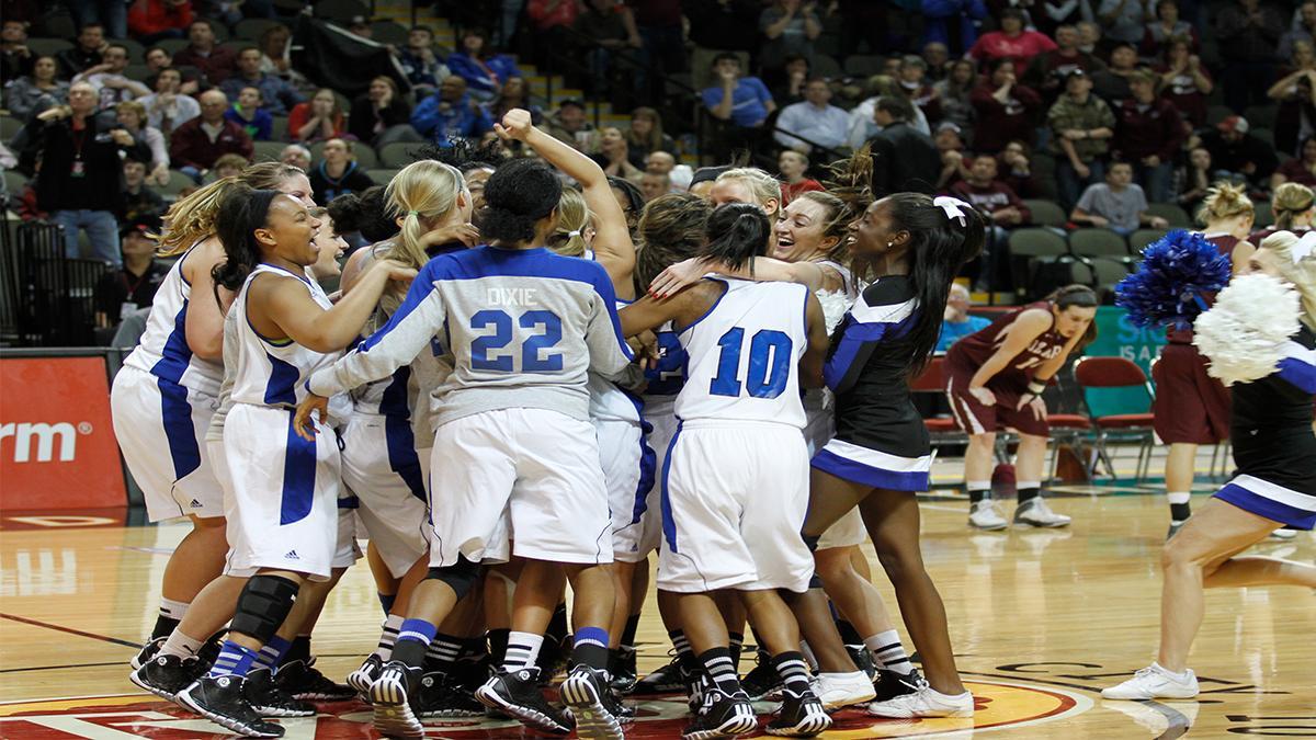 2018 19 Womens Basketball University Of Saint Francis In Athletics